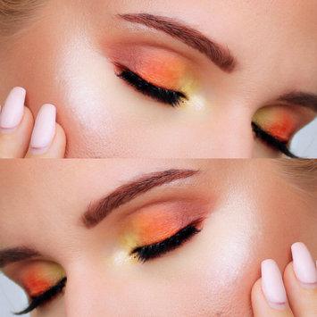 wet n wild Color Icon Eyeshadow Palette 5 Pan uploaded by Nadine J.