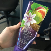 Bath & Body Works Signature Collection Brown Sugar & Fig Shower Gel uploaded by Karla C.