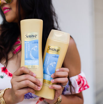 Suave Professionals Rosemary + Mint Conditioner uploaded by April C.