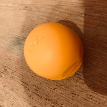 Photo of eos® Organic Smooth Sphere Lip Balm uploaded by Elinga T.