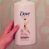 Dove Anti-Frizz Oil Therapy Conditioner uploaded by Sammi H.
