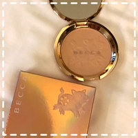 BECCA Light Chaser Highlighter uploaded by Carissa R.