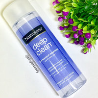 Neutrogena® Deep Clean Eye & Lip Oil-Free Makeup Remover uploaded by Sanam G.