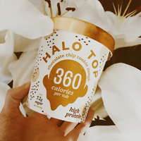 Halo Top Chocolate Chip Cookie Dough Ice Cream uploaded by A-BEE-GAIL 🐝.