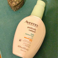 Aveeno® Positively Radiant Daily Moisturizer Broad Spectrum Spf 30 uploaded by Lillian S.