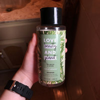 Love Beauty and Planet Tea Tree Oil and Vetiver Radical Refresher Shampoo uploaded by Amanda L.