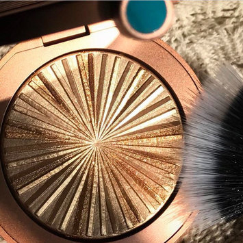 Photo of Estée Lauder Bronze Goddess Illuminating Powder Gelée uploaded by Jacqueline B.