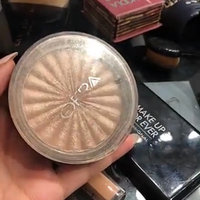 OFRA Cosmetics Rodeo Drive Highlighter uploaded by RA🕊 a.