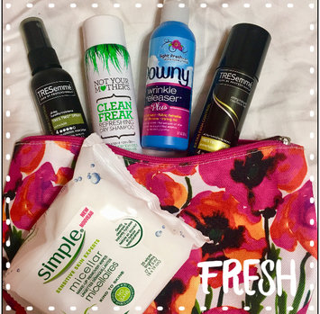 Photo of Not Your Mother's® Clean Freak™ Unscented Dry Shampoo uploaded by Becca g.