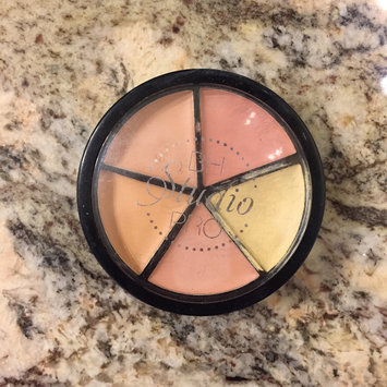 Photo of BH Cosmetics Studio Pro Perfecting Concealer Makeup uploaded by Val C.