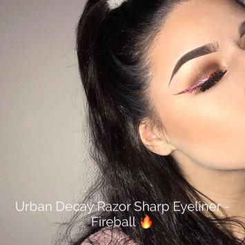 Urban Decay Razor Sharp Water-Resistant Longwear Liquid Eyeliner uploaded by Lauren B.