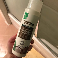 Yes To Coconut Ultra Moisture Conditioner uploaded by Suzanne M.