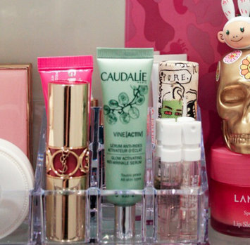 Photo of Caudalie Glow Activating Anti-Wrinkle Serum uploaded by Daxia G.