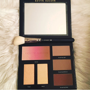 Photo of KEVYN AUCOIN The Contour Book Volume 3 uploaded by Cindy M.