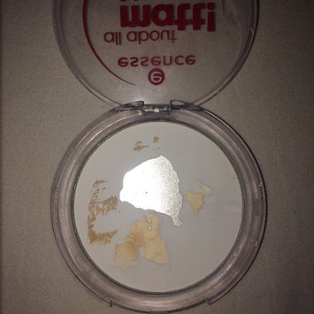 Photo of Essence All About Matt! Fixing Compact Powder uploaded by Samadhi S.
