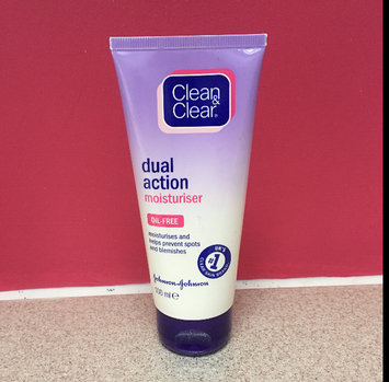 Photo of Clean & Clear® Essentials Dual Action Moisturizer uploaded by NICOLE A.