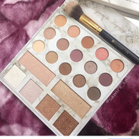 BH Cosmetics Carli Bybel Deluxe Edition 21 Color Eyeshadow & Highlighter Palette uploaded by Sαмrεεη H.