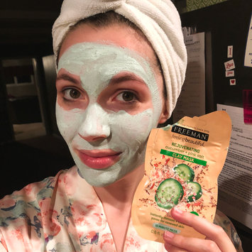 Photo of Freeman Feeling Beautiful Rejuvenating Clay Mask, Cucumber + Pink Salt 6 oz uploaded by Lindsay W.