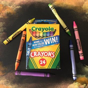 Crayola 24ct Crayons uploaded by Susana B.