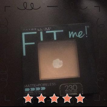 Maybelline Fit Me® Matte + Poreless Powder uploaded by 🖤 Nєvєяfαℓℓiиg_ωσиdєяℓαиd 🖤 🌙.