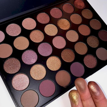 Photo of Morphe T35 Taupe Eyeshadow Pallet uploaded by Yaquelin V.