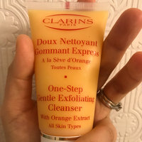 Clarins One Step Gentle Exfoliating Cleanser uploaded by Katerine K.