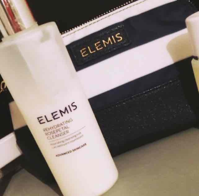 Elemis Rehydrating Rosepetal Cleanser uploaded by sinead F.