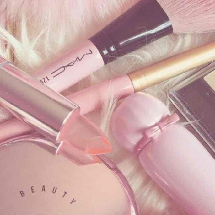 Kylie Jenner Lipgloss - Like by Kylie Cosmetics uploaded by Fer S.