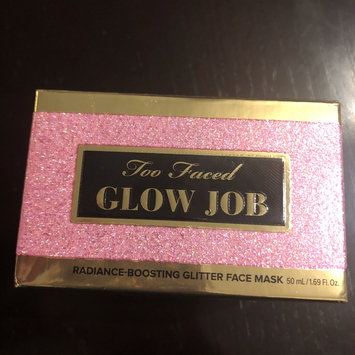 Photo of Too Faced Glow Job Radiance-Boosting Glitter Face Mask uploaded by Deysy G.