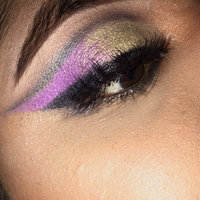 Too Faced The Power of Makeup By Nikkie Tutorials uploaded by Flora E.