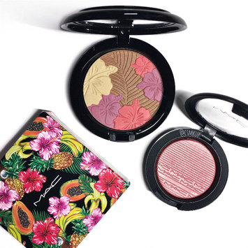 Photo of MAC Cosmetics Extra Dimension Blush uploaded by Caitlin K.