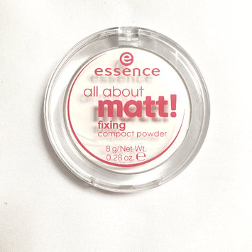 Photo of Essence All About Matt! Fixing Compact Powder uploaded by Sofia G.