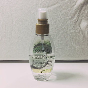 OGX® Coconut Oil Weightless Hydrating Oil Mist uploaded by Liz M.