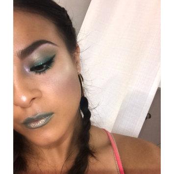 Photo of M.A.C Cosmetics Eyeshadow uploaded by Anjuli Y.