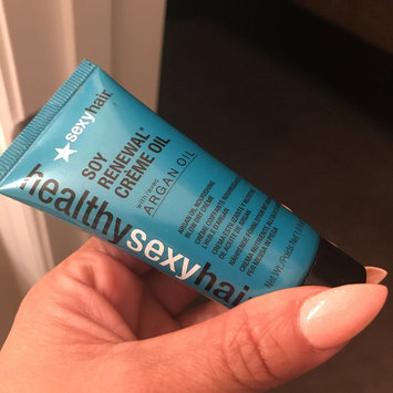 Photo of Healthy Sexy Hair Soy Renewal Cream with Argan Oil - 1oz (For Fine and Normal Hair) uploaded by Iris E.