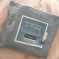 Neutrogena® Makeup Remover Cleansing Towelettes uploaded by Lindsey M.