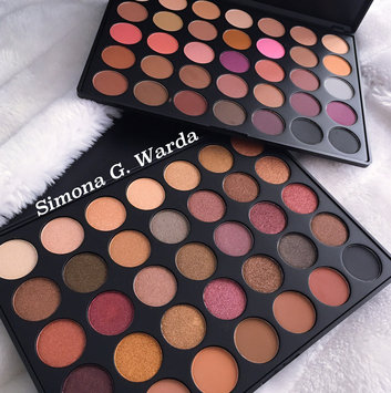 Photo of Morphe 35N 35 Color Matte Eyeshadow Palette uploaded by Simona G.