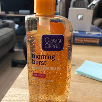 Photo of Clean & Clear® Morning Energy® Skin Energising Daily Facial Wash uploaded by Claudine S.