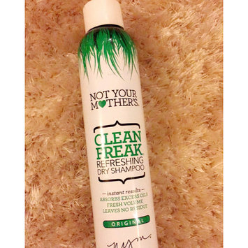 Photo of Not Your Mother's® Clean Freak™ Refreshing Dry Shampoo uploaded by Komal H.
