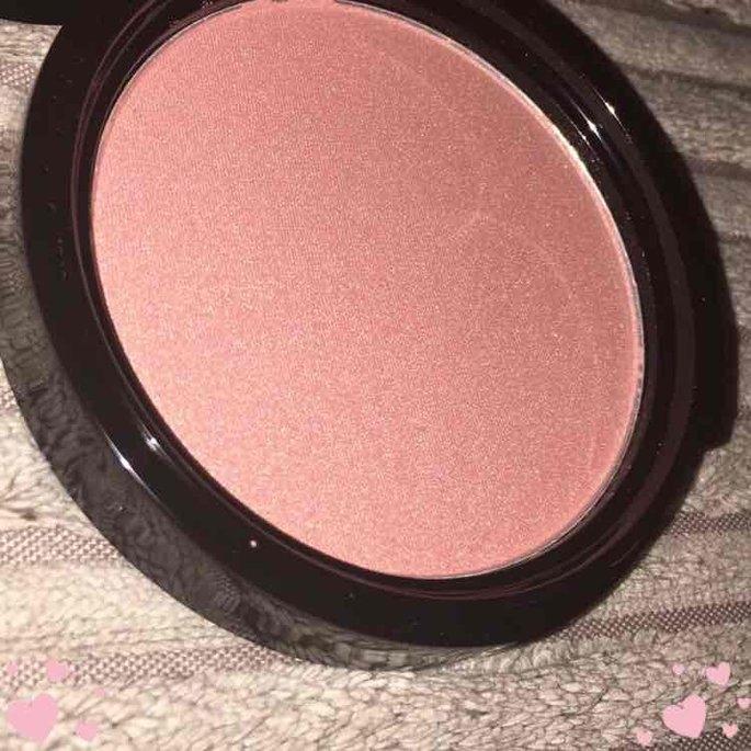 NYX Cosmetics Illuminator uploaded by Lois M.