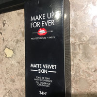 MAKE UP FOR EVER Foundation Kabuki - Small - 102 uploaded by Kiana G.