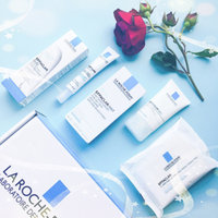 La Roche-Posay Effaclar Mat Daily Moisturizer for Oily Skin uploaded by Donika B.