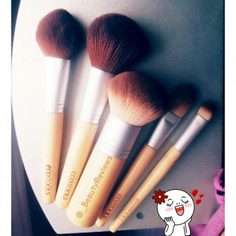 Photo of EcoTools 6 Piece Essential Eye Brush Set uploaded by Kat V.