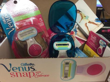 Photo of Gillette Venus Snap with Embrace Women's Razor uploaded by Leticia P.