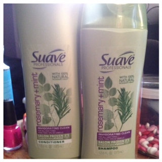 Suave Professionals Rosemary + Mint Shampoo uploaded by Whitney P.
