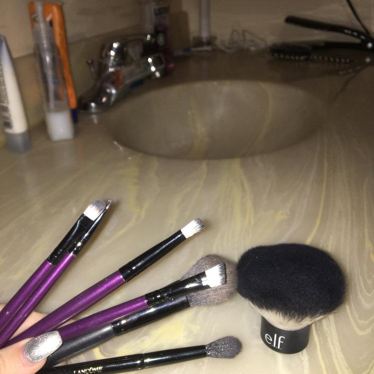 e.l.f. Brush It Up Makeup