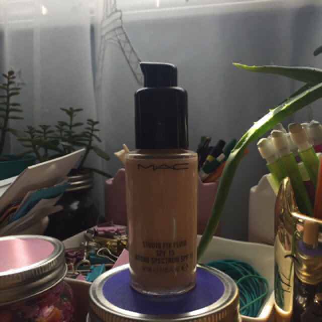 M.A.C Cosmetics Foundation Pump