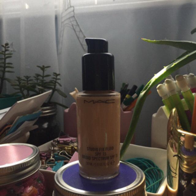 M.A.C Cosmetics Foundation Pump