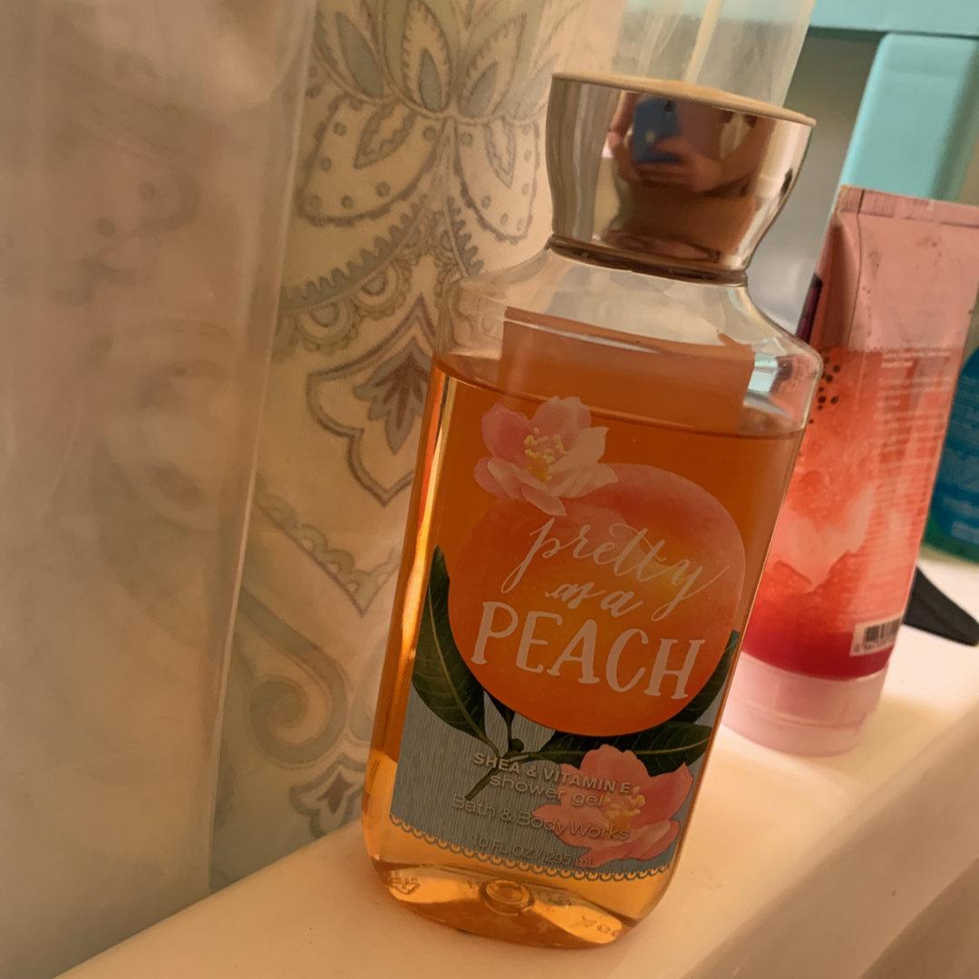 Bath & Body Works PRETTY AS A PEACH Shower Gel