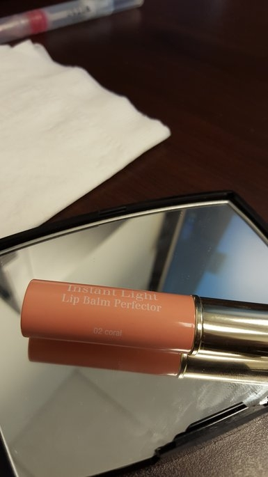 Clarins Instant Light Natural Lip Balm Perfector uploaded by Tali M.